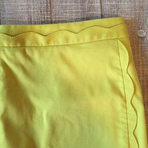 Yellow scalloped Banana Republic pencil skirt